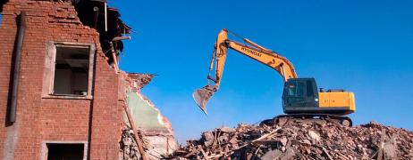 Dismantling of buildings and structures in Minsk, recycling